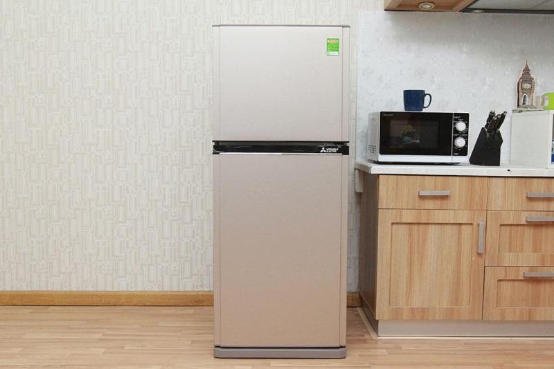 Tủ lạnh Mitsubishi Electric MR-FV24EM-PS-V 204L