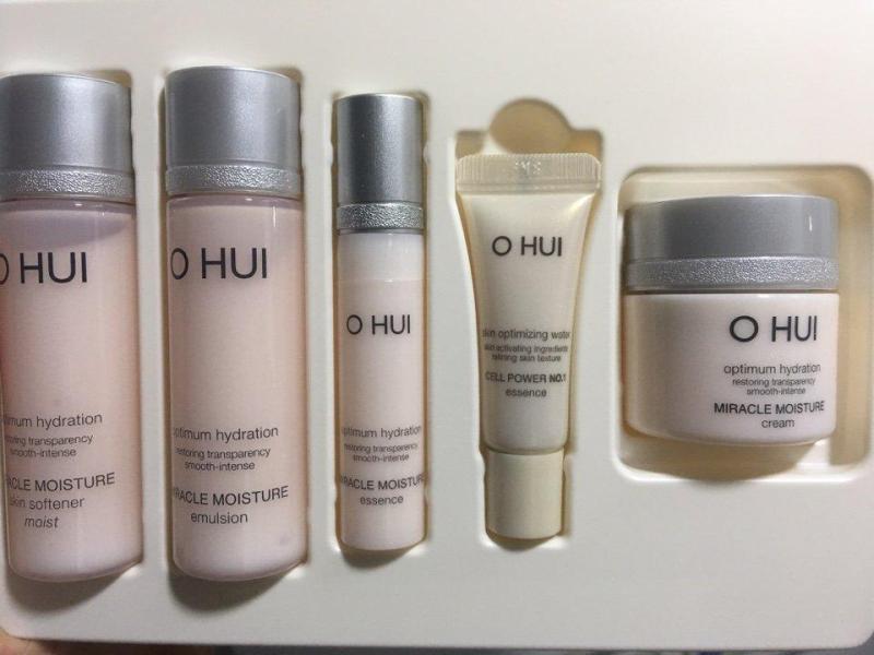 Set Ohui Miracle Moisture cấp ẩm dưỡng da trắng hồng 5 sản phẩm