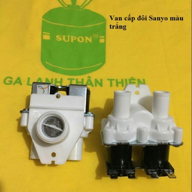 Van Cấp Nước Đôi Máy Giặt Sanyo Màu Trắng; Ghi Siêu Tiết Kiệm