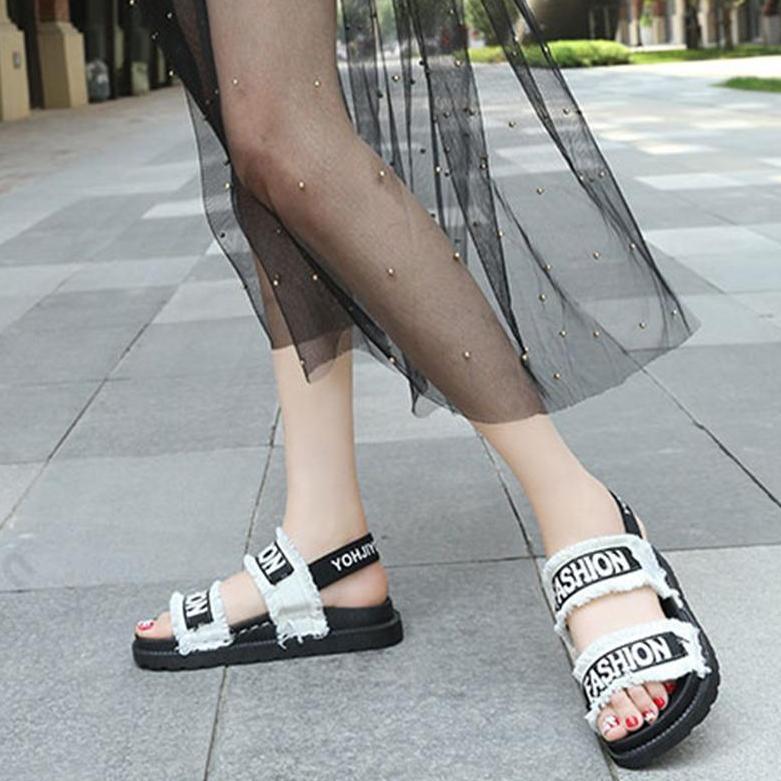 Giày sandal nữ đế bằng quai dù 399