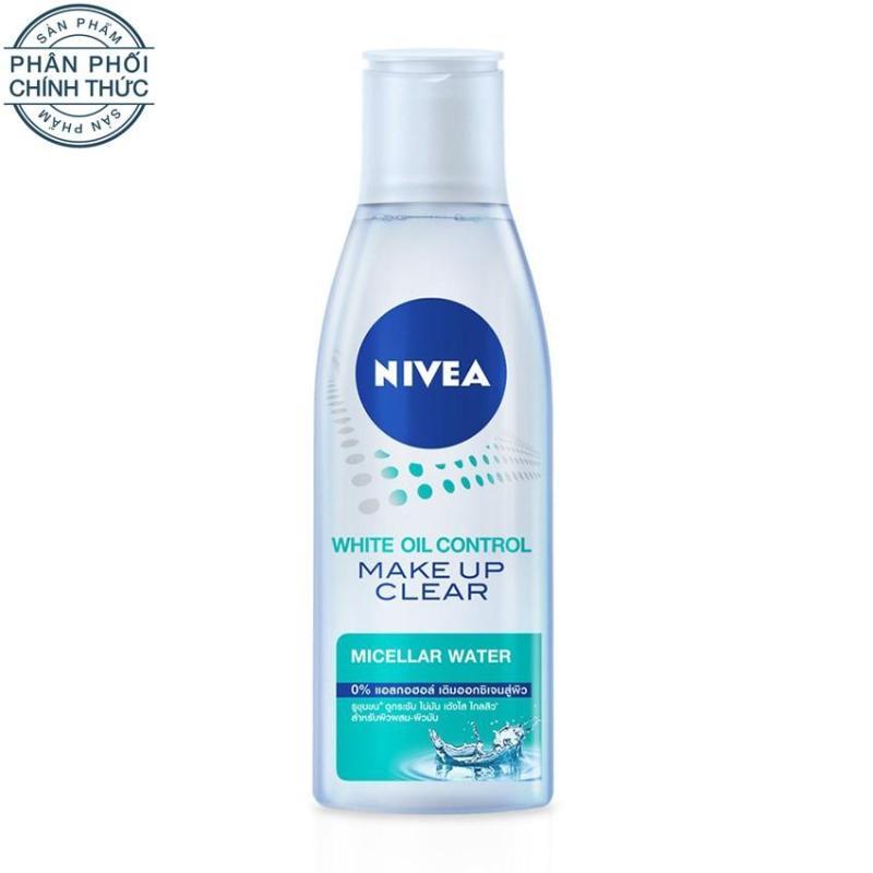 Nước tẩy trang sáng da kiểm soát nhờn mụn NIVEA 200ml nhập khẩu