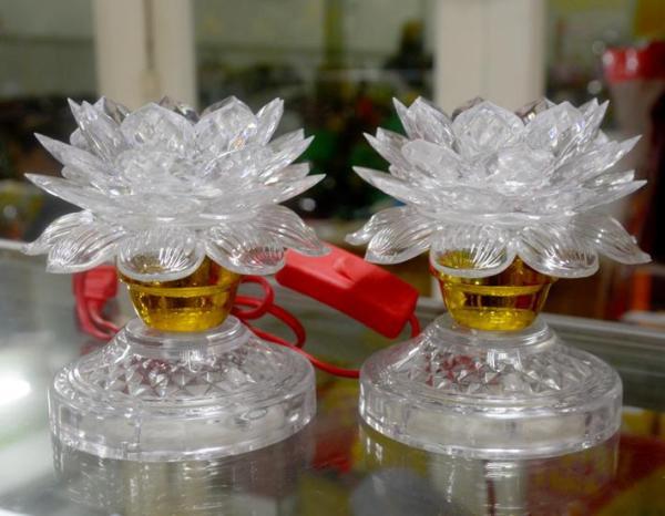Cặp đèn hoa sen trắng chớp bảy màu cao 12cm-Có video sản phẩm