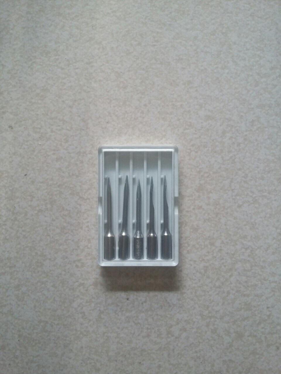 Tặng 1 hộp kim dự phòng (5kim) khi mua 1 máy bấm + 2 hộp dây