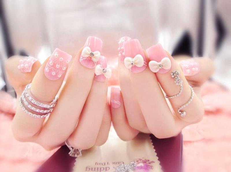 Bộ 24 móng tay giả đính nơ hồng (kèm keo+dũa) nhập khẩu