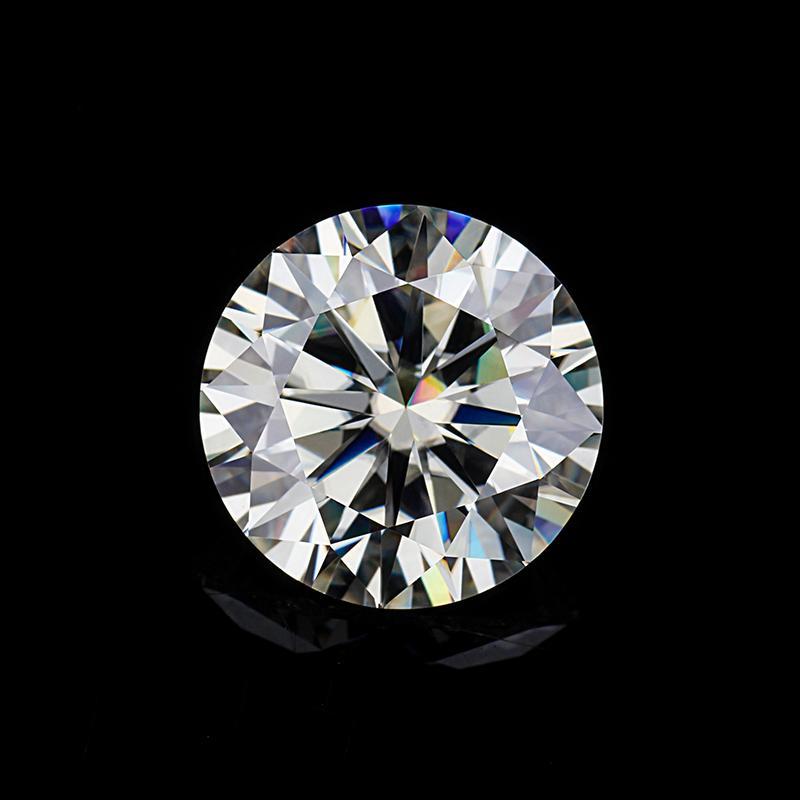 Moissanite diamond 6ly8
