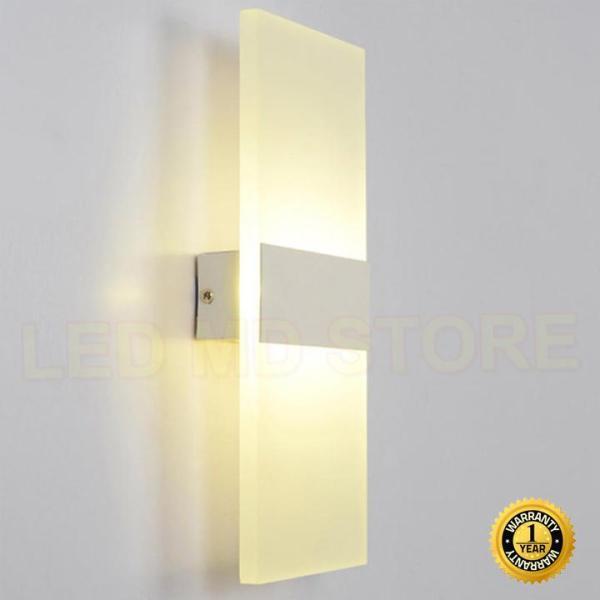 Đèn tường trang trí C6454 vỏ trắng ánh sáng vàng