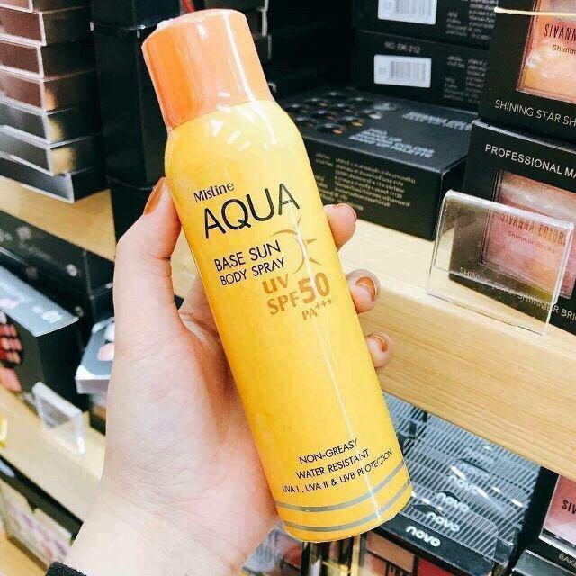 Kem Chống Nắng Dạng Xịt Aqua chống nắng cực mạnh nhập khẩu