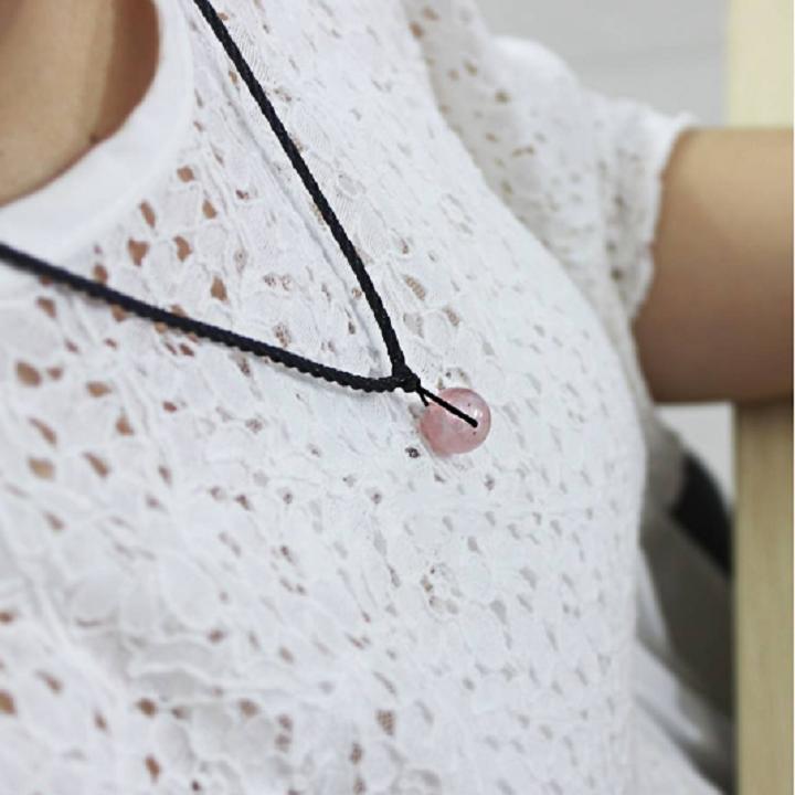 Dây chuyền đá phong thủy Thạch anh hồng cho nữ mệnh Hỏa, Thổ