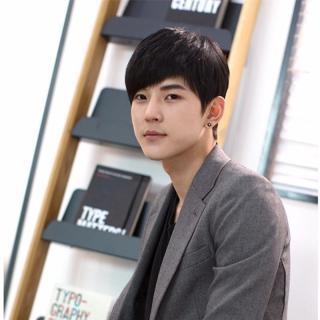 Tóc Giả Nam Hàn Quốc Màu Đen Tặng Kèm Lưới AeShin - D16 thumbnail