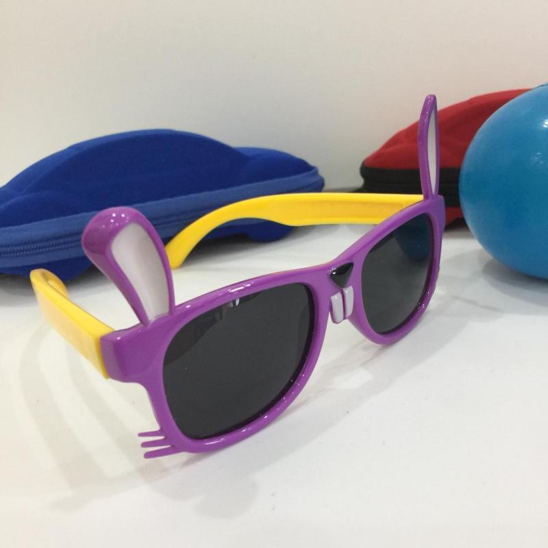 Mua [A đây rồi] Kính mắt chống tia UV - Bảo vệ đôi mắt bé - Gọng nhẹ không đau M157-68 + Tặng hộp đựng hình ôtô