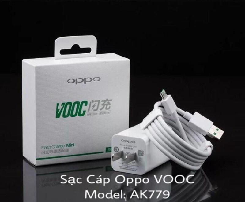 Giá Bộ củ + cáp sạc nhanh VOOC cho Oppo F9 AK-779