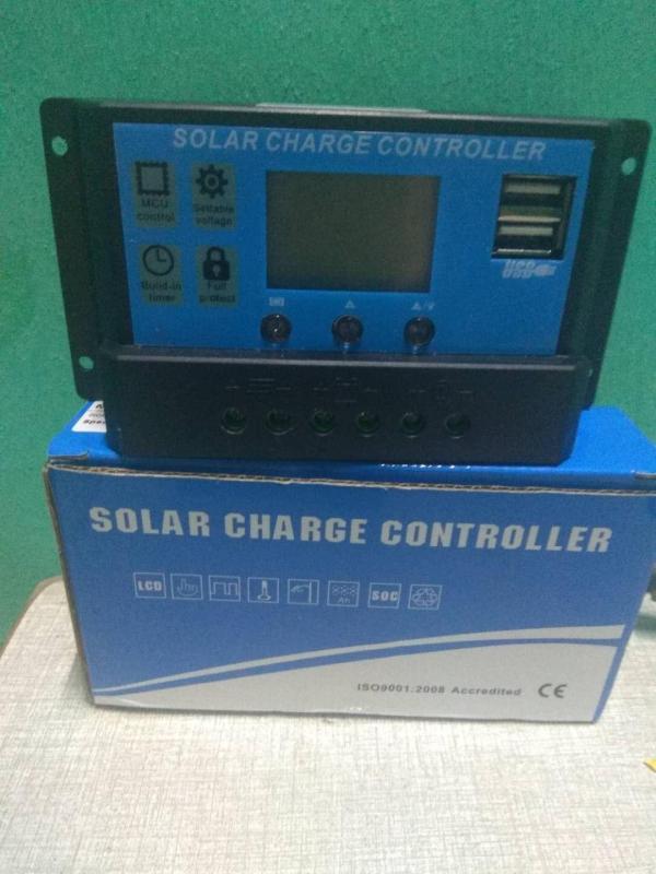 Điều khiển sạc pin mặt trời  kỹ thuật số 30A