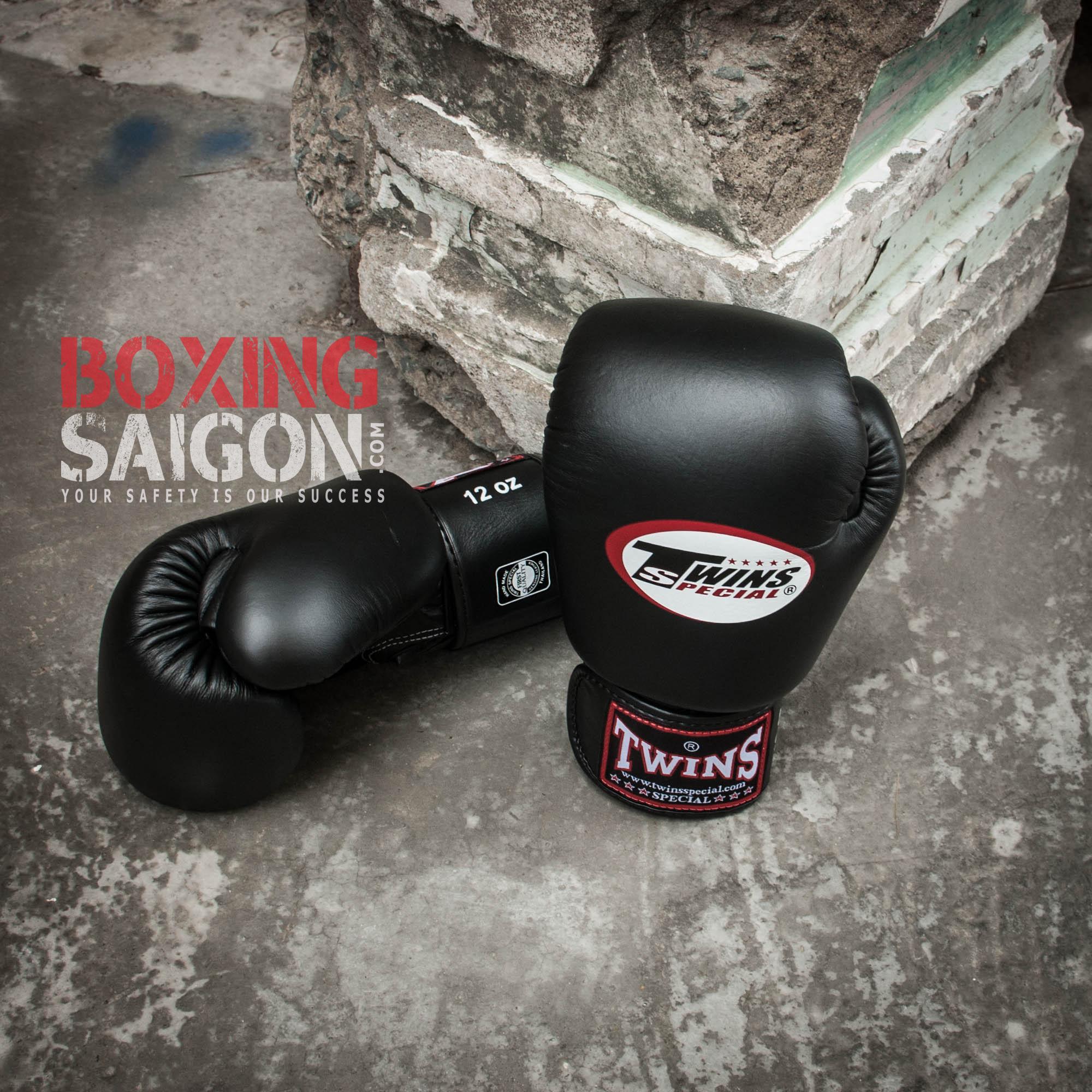 Găng Tay Boxing Muay Thai Twins Thái Lan ( Đen ) Đang Khuyến Mãi