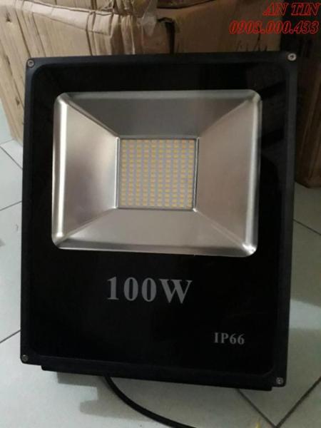 Đèn Pha Led IP66 Siêu mỏng, siêu sáng 100W (Ánh Sáng VÀNG)