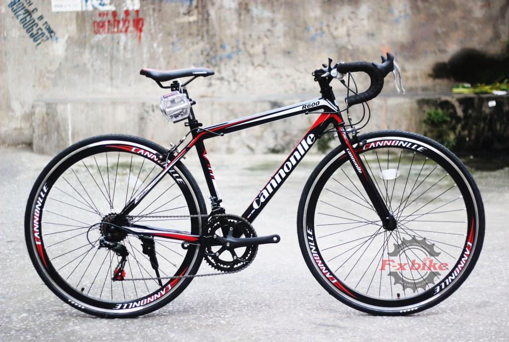 Xe Đạp Đua Cannonlle R600