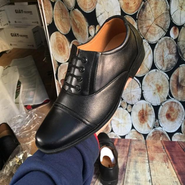 Giày nam bán chạy nhất nhiều năm qua giá rẻ