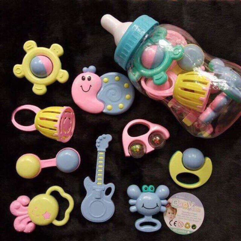 Bình sữa đồ chơi xúc xắc lục lạc 9 món siêu đáng yêu cho bé