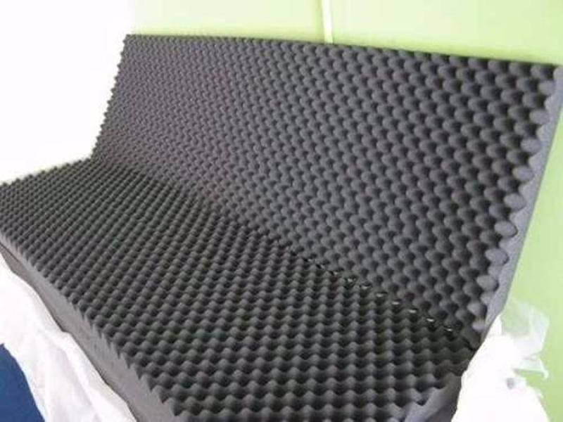 Set 4 tấm mút tiêu âm hình trứng mầu ghi xám. kt 75cm x 95 cm dày 3cm