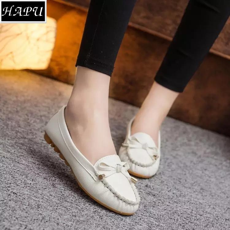 Giày lười nữ nơ chuông đẹp HAPU (đen, trắng)