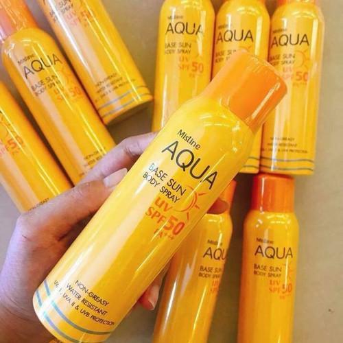 Kem chống nắng dạng xịt  Aqua chính hãng
