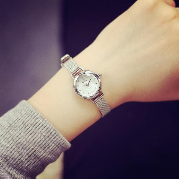 Đồng hồ nữ YUHAO mặt vát 3D dây thép lụa xinh xắn(bạc)