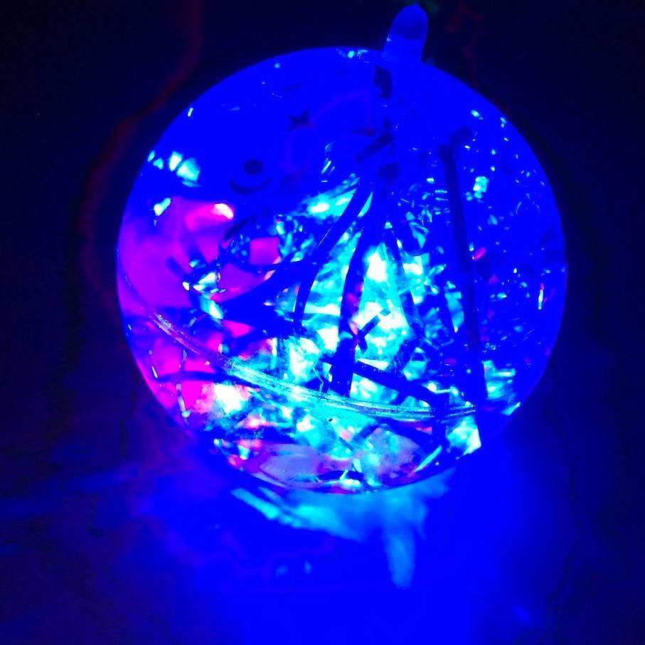 Hình ảnh Đồ chơi quả bóng nảy có đèn nháy sáng cho bé cực đẹp