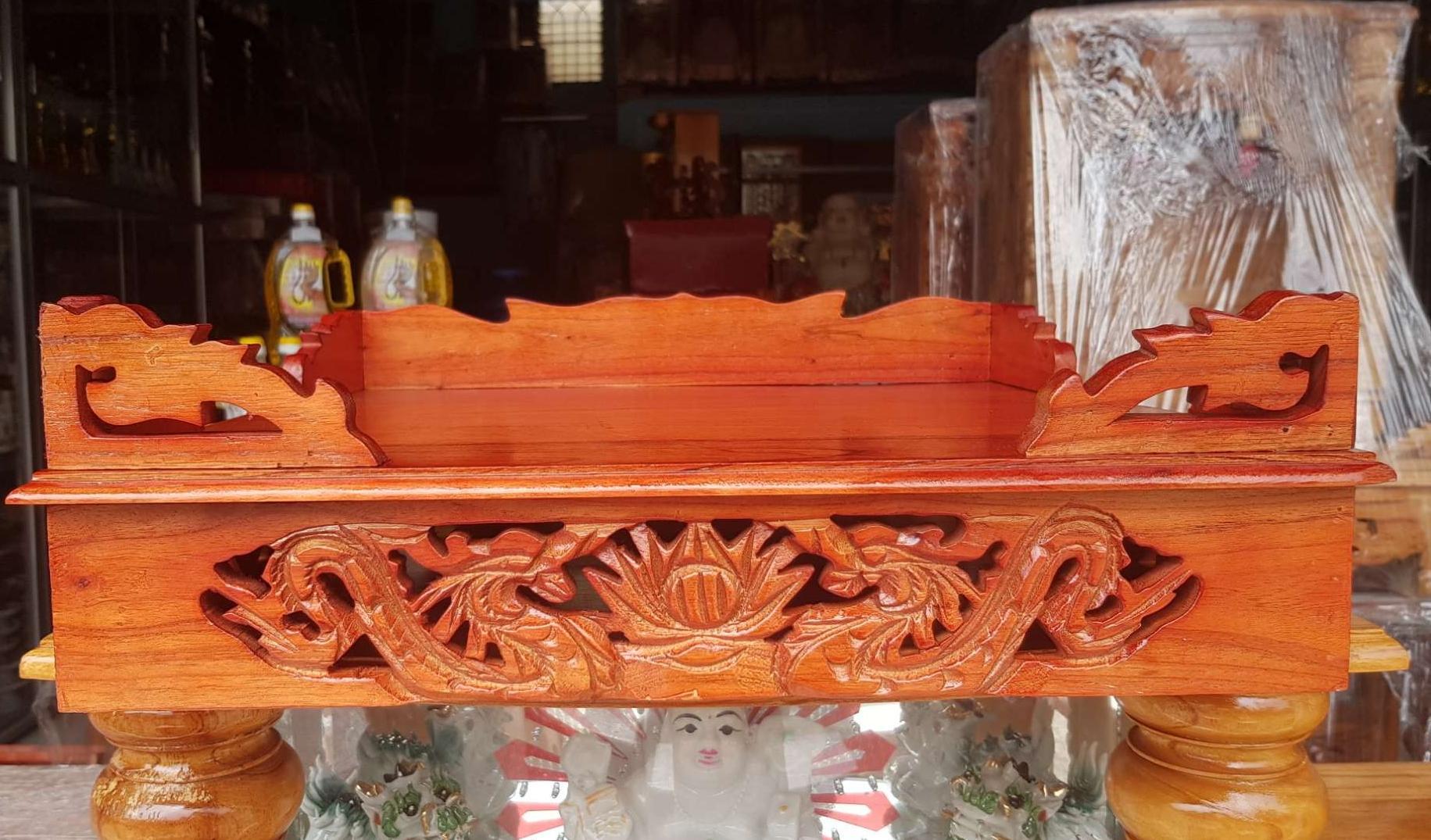 Bàn thờ treo tường gỗ xoan ngang 40 cm