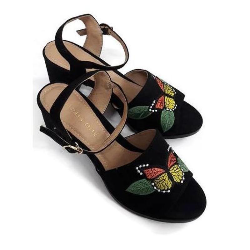 Sandal Thêu Hoa Thời Trang Đế Vuông 5 Phân (Đen)