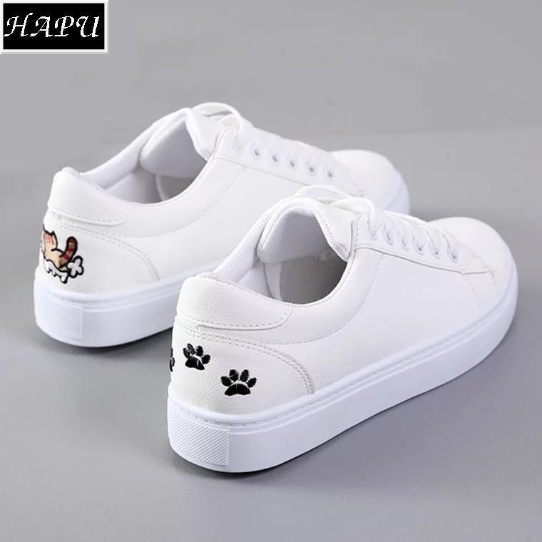 Hình ảnh Giày sneaker nữ gót thêu mèo dễ thương - GTTG25 + tặng 1 thẻ tích điểm shoptienich92