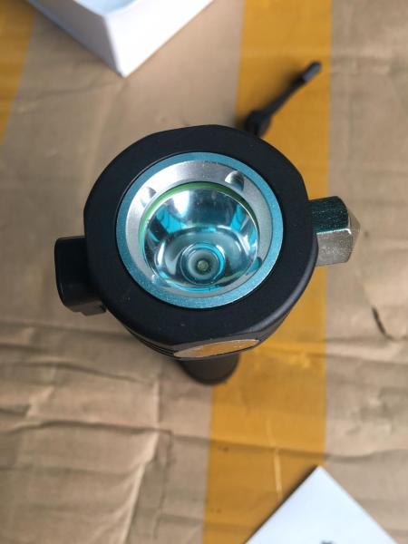 Bảng giá Đèn Pin Solar Power 11 chức năng.