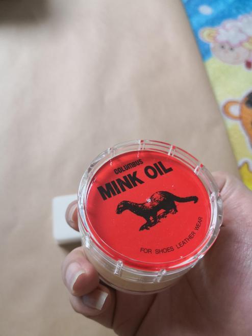 Mỡ dầu chồn tinh khiết bảo dưỡng đồ da cao cấp MINK OIL ( Tặng kèm miếng bọt biển) (Áo da,túi xách,giầy dép,ví,sofa,nội thất ô tô ..) giá rẻ