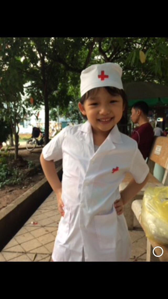 Hình ảnh Bộ bác sỹ cho bé từ 1-7 tuổi