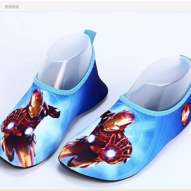 Giày đi biển cho bé chống trơn trượt dành cho bé từ 1 đến 7 tuổi ( size từ 24 -35 ) giá rẻ