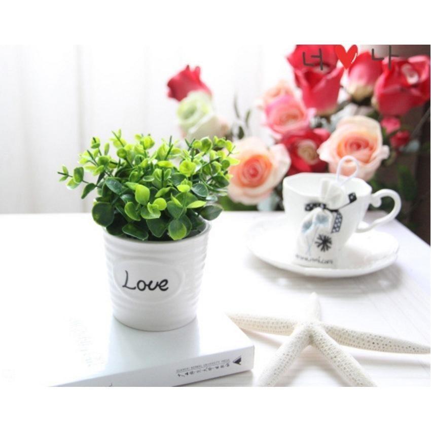 Cây hoa giả để bàn tươi sáng chậu chữ LOVE - Nhật Bản