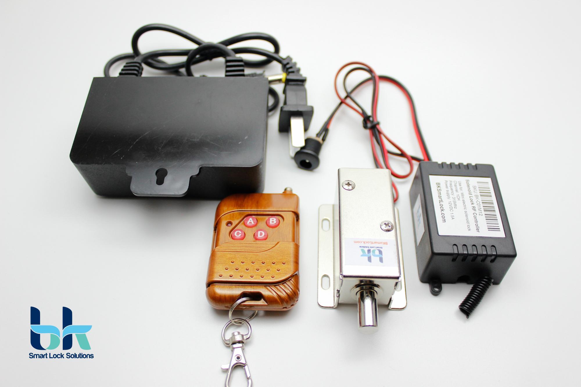 Bộ khóa cửa điện từ BK Smart Lock BK-C02M12, chốt tròn thường đóng D8mm 12V, remote điều khiển 315 Mhz