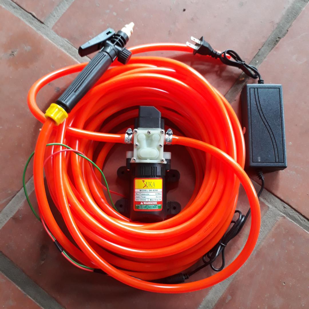 Hình ảnh Máy rửa xe mini 6m dây - máy bơm nước mini 12v - rửa xe đa năng