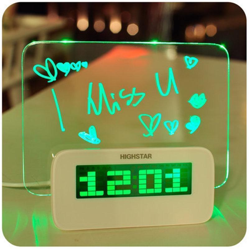 [Tặng dây sạc ] Đồng hồ báo thức HIGHSTAR bảng ghi nhớ phát sáng giá tốt bán chạy