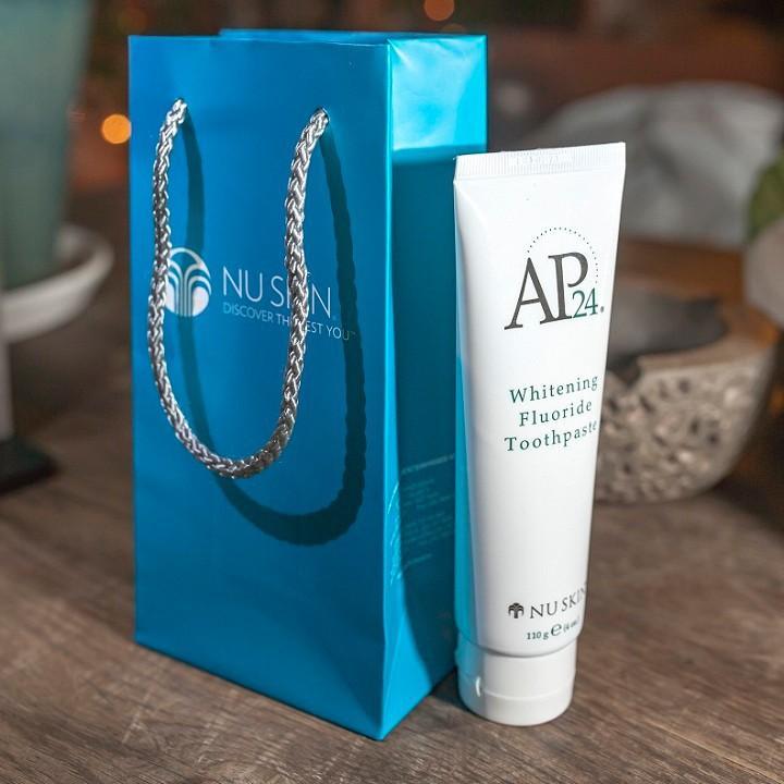 Kem trắng răng Nuskin AP24 giúp làm trắng răng chính hãng
