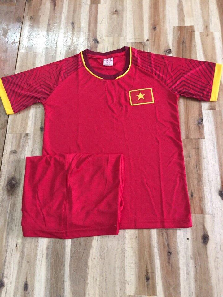 Hình ảnh bộ quần áo đá bóng trẻ em đội tuyển U23 Việt Nam