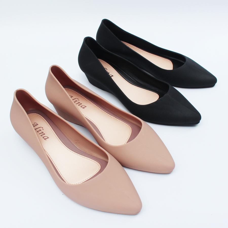 giày công sở giày đi mưa cao 3p màu đen, kem (ảnh thật) kiểu chống trơn trượt size 36 đến 40 mẫu V158