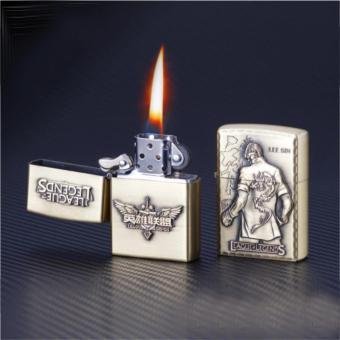 Bật lửa hộp quẹt liên minh nhiều hình giao ngẫu nhiên (vàng)