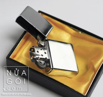 Bật lửa xăng cổ điển kèm hộp đựng F503 (trắng bạc)