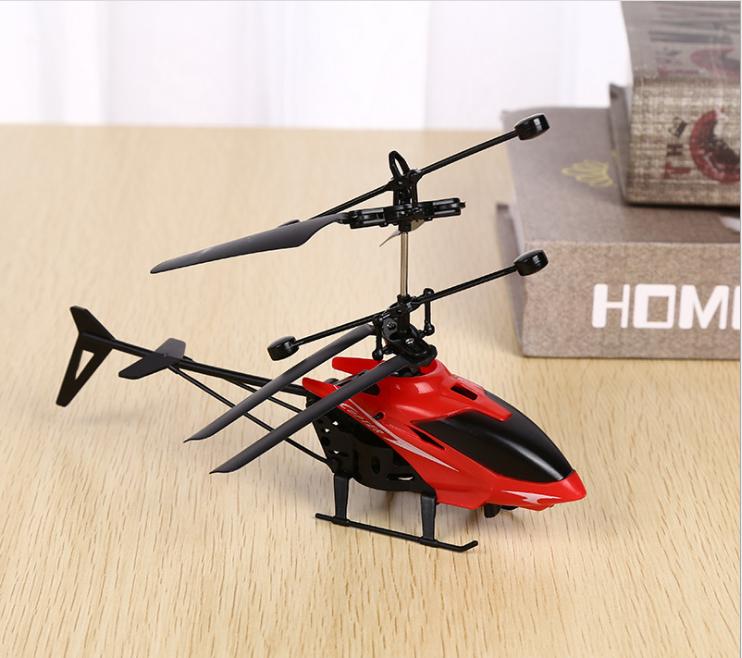 [CÓ VIDEO] Máy bay điều khiển từ xa, máy bay trực thăng cảm ứng AH001, giúp bé vui chơi vận động phát triển thể chất 11