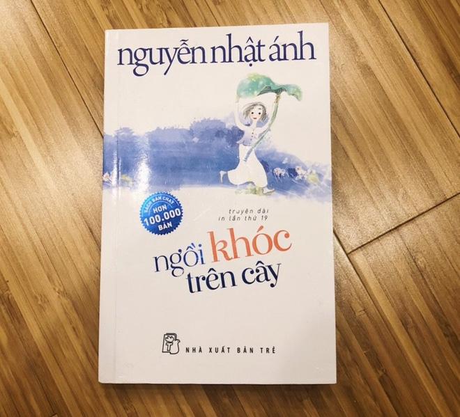 SÁCH HAY -Sách: Ngồi Khóc Trên Cây | Lazada.vn