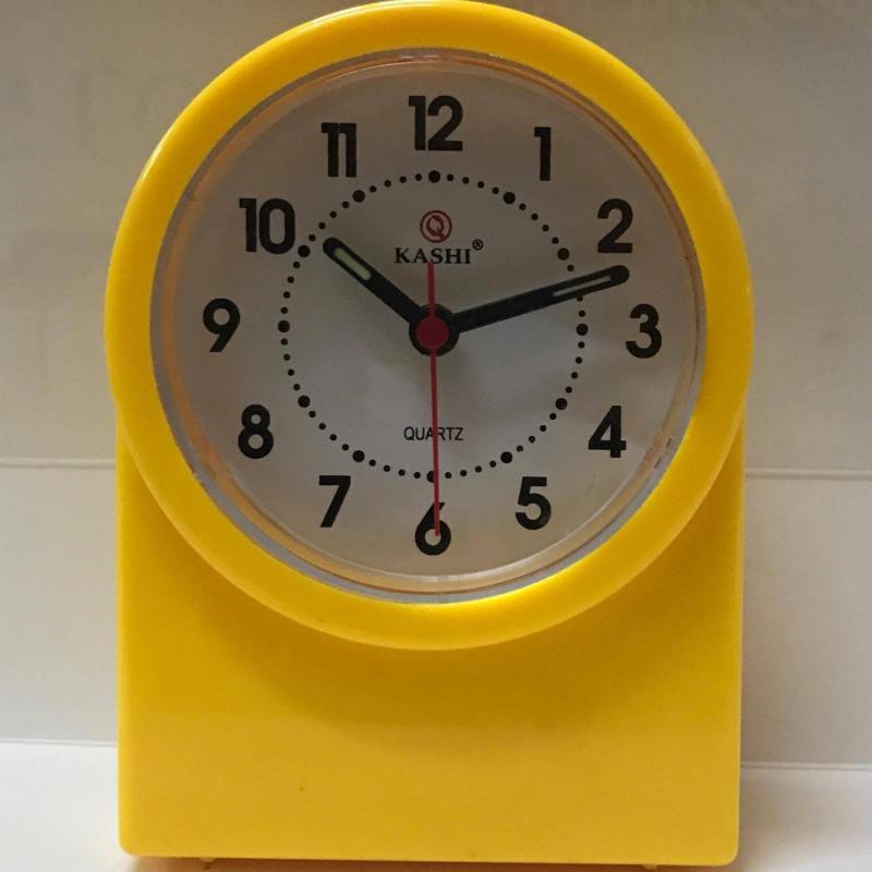 Đồng hồ báo thức để bàn Kashi BT605 bán chạy