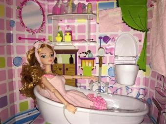 Bồn tắm búp bê - Vòi hoa sen có thể phun nước - Chạy pin
