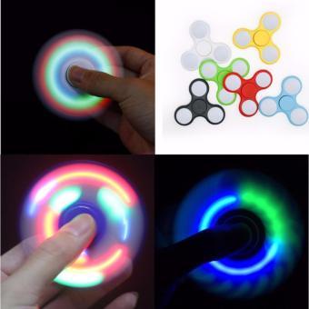 Con Quay Fidget Spinner không ma sát đèn LED 7 màu - 8640714 , OE680TBAA43FOSVNAMZ-7401588 , 224_OE680TBAA43FOSVNAMZ-7401588 , 57988 , Con-Quay-Fidget-Spinner-khong-ma-sat-den-LED-7-mau-224_OE680TBAA43FOSVNAMZ-7401588 , lazada.vn , Con Quay Fidget Spinner không ma sát đèn LED 7 màu