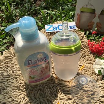 Bộ Bình Sữa Comotomo Silicone 250Ml (Xanh) Và Chai Nước Rửa Bình Sữa D-Nee 500Ml  (Xanh Lá Nhạt)