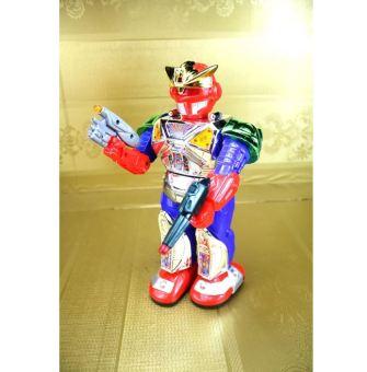 Robot siêu nhân biết đi phát nhạc cho bé