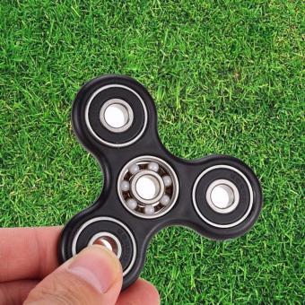 Đồ chơi con quay spinner cánh tam giác thế hệ mới